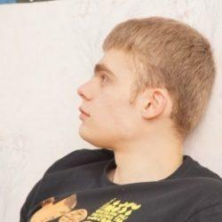 Парень ищет развратную девушку для жаркого секса в Москве