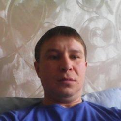 Парень, ищу девушку/женщину/пару для секса в Москве