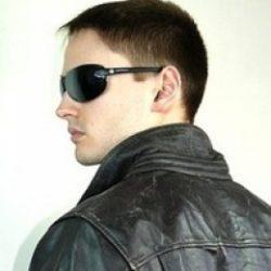 Я молодой парень ищу девушку или женщину для секса без обязательств в Москве.