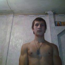 Я парень. Разыскиваю симпатичную и развратнаю девушку для секса в Москве