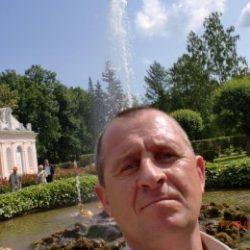 Парень, ищу девушку/женщину для секса в Москве