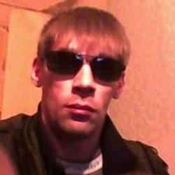 Красивый и чистоплотный парень. Ищю девушку для приятного проведения времени в Москве