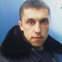 Молодой, красивый парень, ищу девушку в Москве, можно и МО
