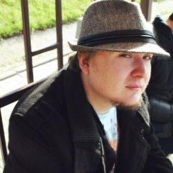 Молодой парень сделает куни красавице из Москвы