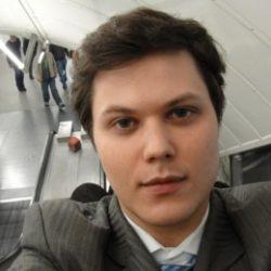Ищу девушку для тайных встреч. Спортивный парень из Москвы