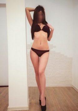 Девушка ищет мужчину в Москве.Углубись в атмосферу безумного сексуального желания без запретов.
