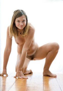 Не прочь пошалить по взрослому. Сладкая, сексуально-романтичная молодая девушка ищу мужчину в Москве
