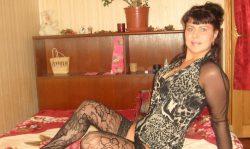 Стройная, миловидная брюнетка из Москвы в поисках хрупкой девушки для встреч у меня