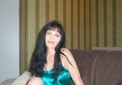 Обожаю делать минетик. Способная девушка ищет страстного мужчину в Москве