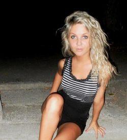 Яркая, ухоженная девушка познакомится с парнем для встреч в Москве