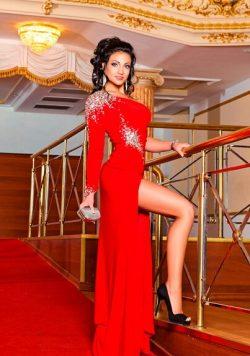 Женщина би, ищу мужчину для интимных встреч в Москве