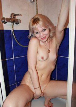 Девушка из Москвы, ищу секс знакомство с приличным мужчиной