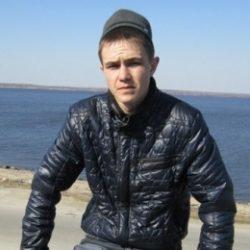 Ищу девушку для периодических интим встреч в Москве