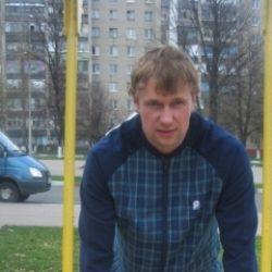 Спортивный, красивый, высокий, выносливый парень. Ищу на сегодня девушку для секса. Москва.