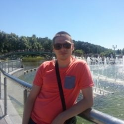 Парень, ищу девушку для интимных встреч в Москве