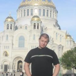 Парень. Ищу девушку в Москве для съёмок вместе со мной в любительском порно