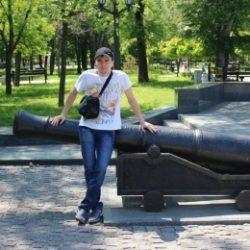 Паренек из Москвы. Хочу секса с девушкой.